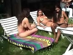 Gorgeous shemale arranges groupsex party out door