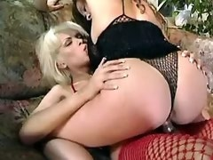 Dirty girl rides trannys dick n sucks guys hard sausage