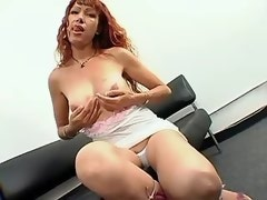 Coppery hair ripe tranny tempts guy